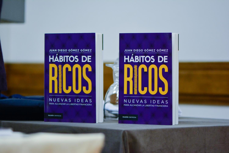 lanzamiento-libro-habitos-de-ricos-8
